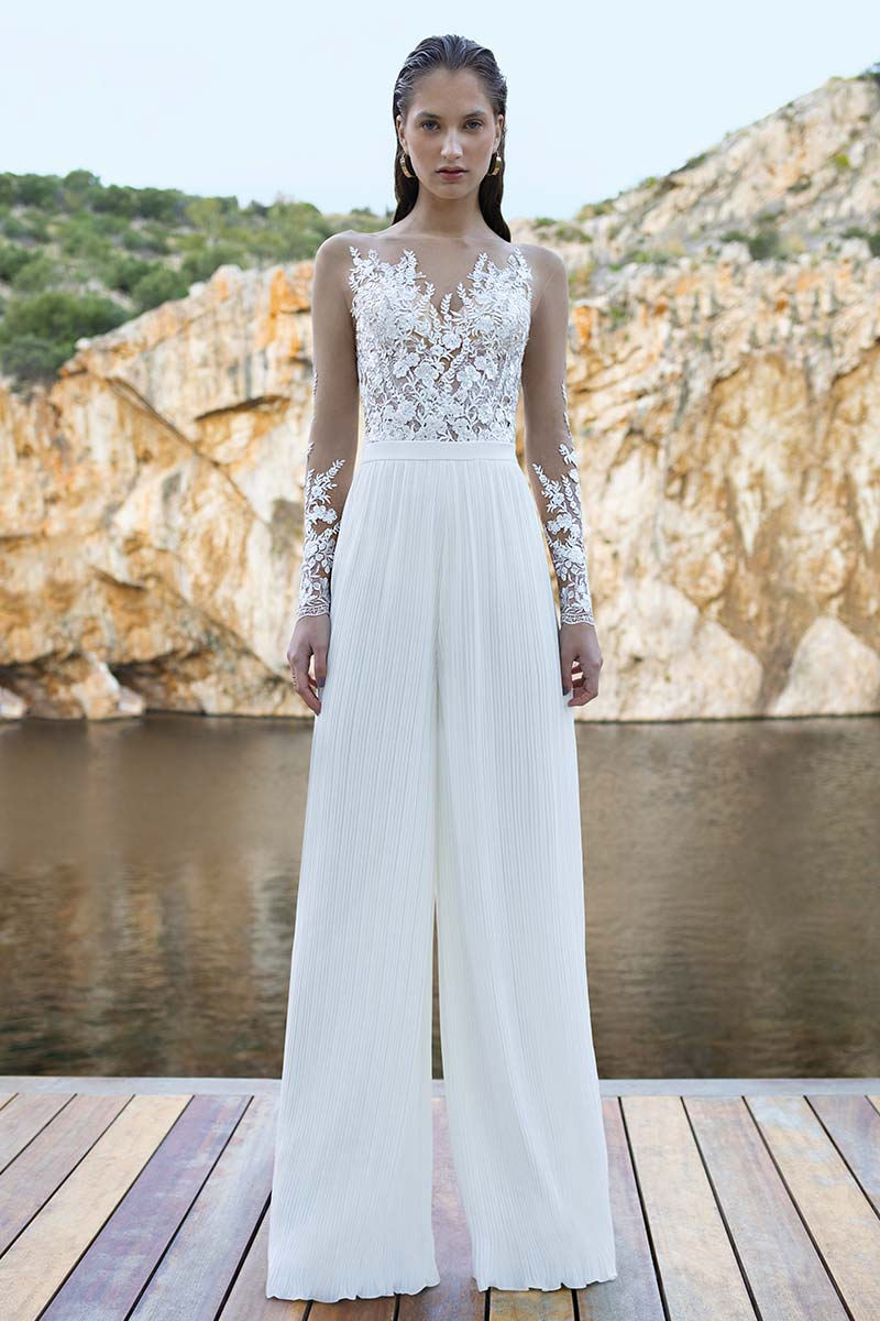 traje novia pantalon plisado cuerpo encaje b