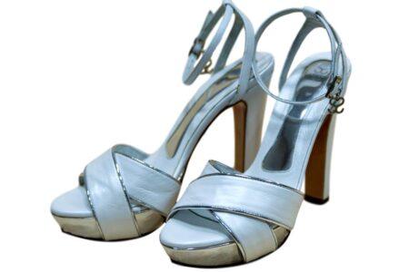 Sandalias de novia santino blanco y plata 2