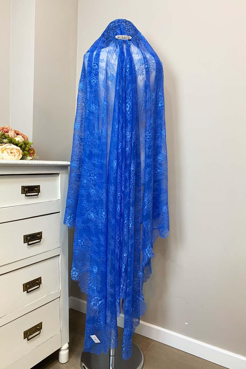 mantilla azul madrina